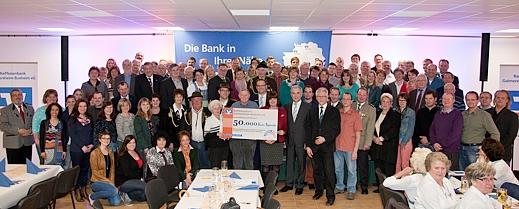 50.000 Euro Spende für soziale und karitative Einrichtungen